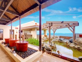 沖縄で行きたいおすすめ日帰り温泉「龍神の湯」と「猿人の湯」|沖縄県|トラベルジェイピー 旅行ガイド